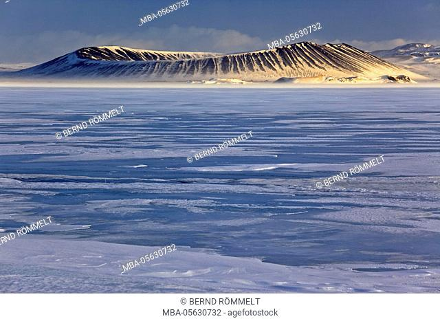 Iceland, Iceland, north-east, region of Myvatn, view over the lake Myvatn on the volcano crater Hverfjall