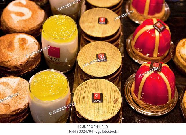 Pralines of SEVE, Maitre Chocolatier & Patissier, in Les Halles de Lyon Paul Bocuse,, Gourmet market, Lyon, Rhone Alps, France