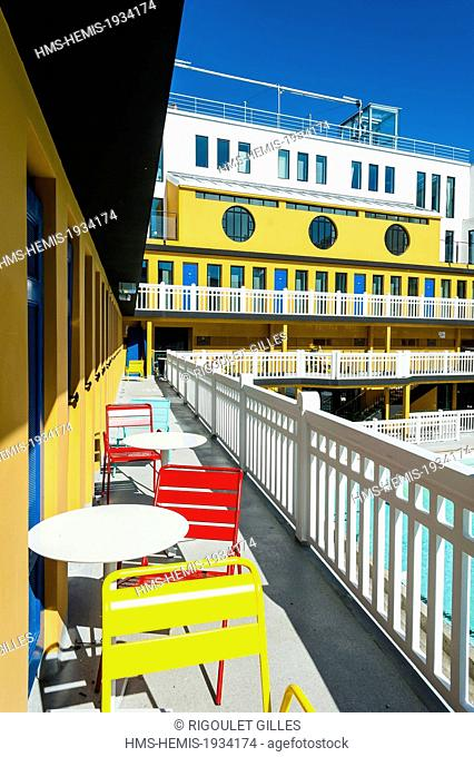 France, Paris, Hotel Molitor swimming pool, opening in May 2014, listed as historical monument, Art Deco, outdoor pool, corridors