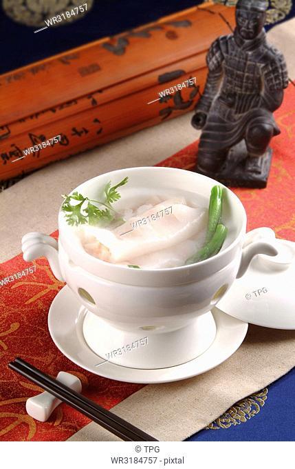 steamed rice noodle rolls