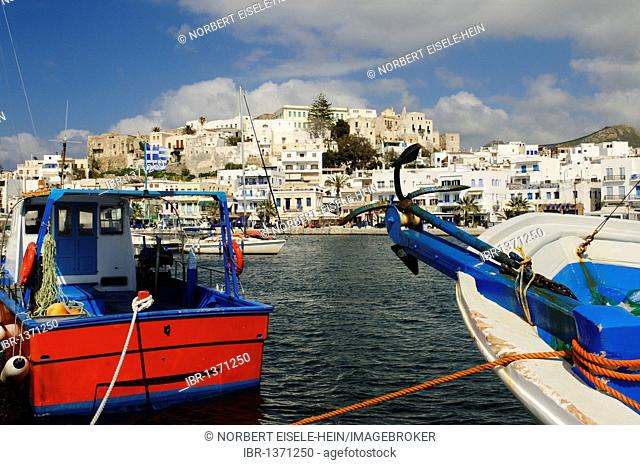 Port and old town quarter Castro, Naxos, Cyclades, Greece, Europe