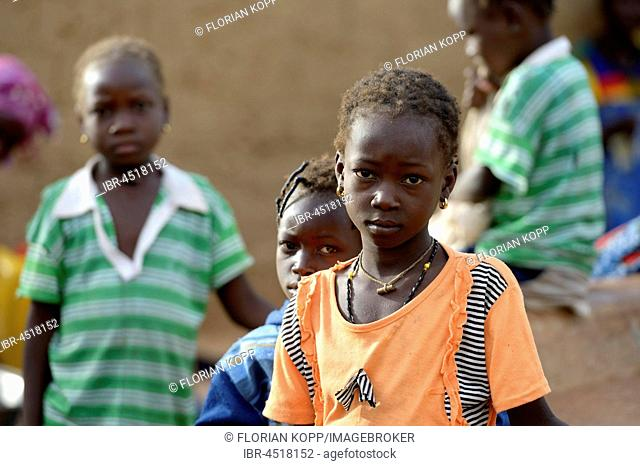 Girl with serious glance, village Koungo, Plateau Central, Burkina Faso