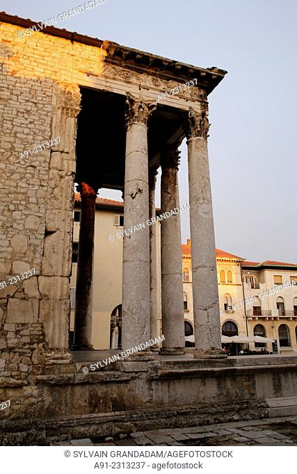 Croatia, Istria, historic city of Pula, the Auguste temple and city hall square