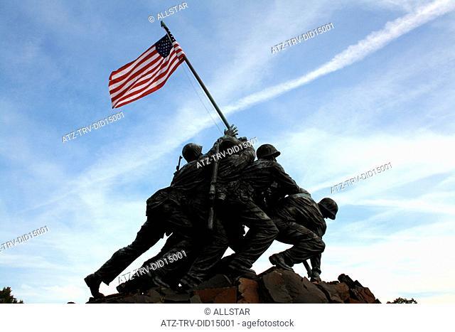 MARINE CORPS WAR MEMORIAL - IWO JIMA; ARLINGTON NATIONAL CEMETERY, USA; 12/10/2010