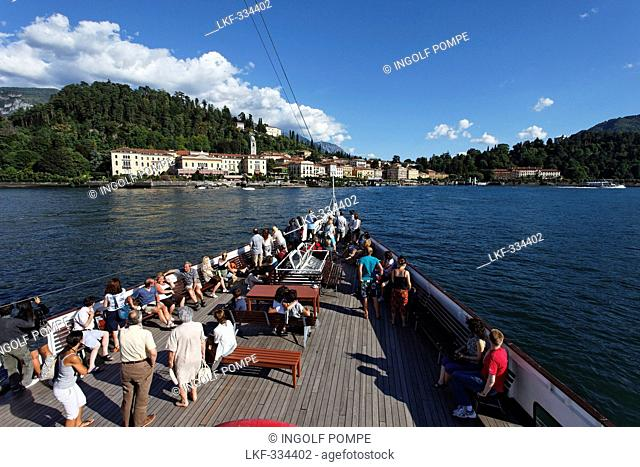 Tourists, Paddle Wheel Steamer, Bellagio, Lake Como, Lombardy, Italy