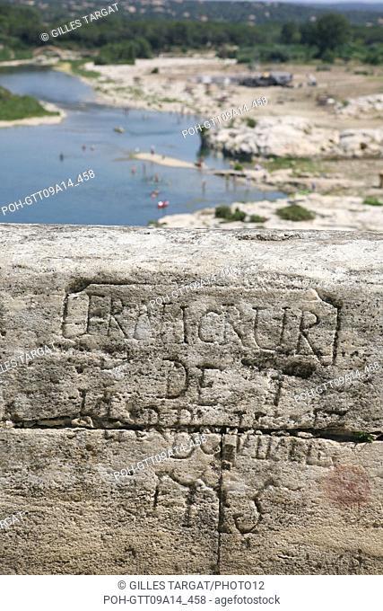 tourism, France, languedoc roussillon, gard, pont du gard, bridge, famous location, landscape, aqueduc roman, river gardon, graffiti