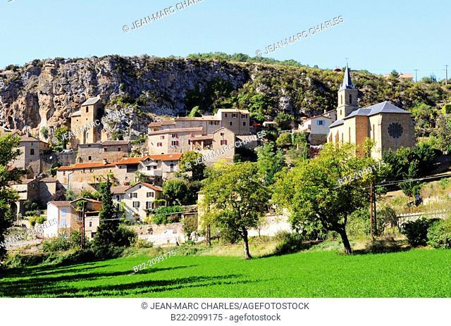 Peyre, rupestrian village, troglodyte church and houses, situated 7 kms downstream of Millau, Aveyron, Midi-Pyrénées, France