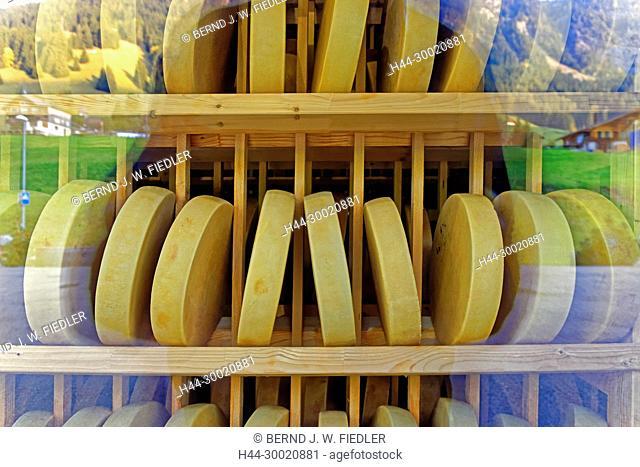 Schaufenster, Käse, Laibe