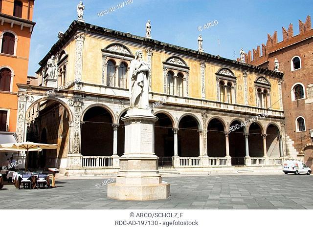 Statue of Dante, Piazza dei Signori, Verona, Venetia, Italy, Venezia, Veneto