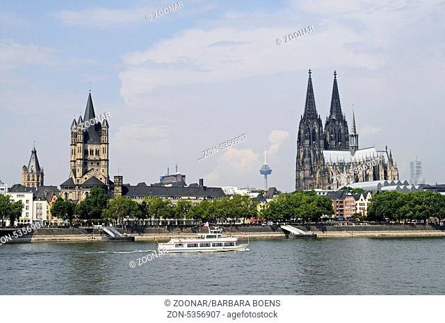 riverside, Rhine River, Cologne, North Rhine-Westphalia, Germany, Europe, Rheinpromenade, Fluss Rhein, Koeln, Nordrhein-Westfalen, Deutschland, Europa