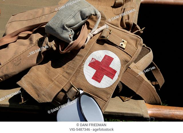 CANADA, MISSISSAUGA, 23.05.2015, Medics pack on a stretcher outside a Canadian military World War I medical tent during a historical re-enactment held in...