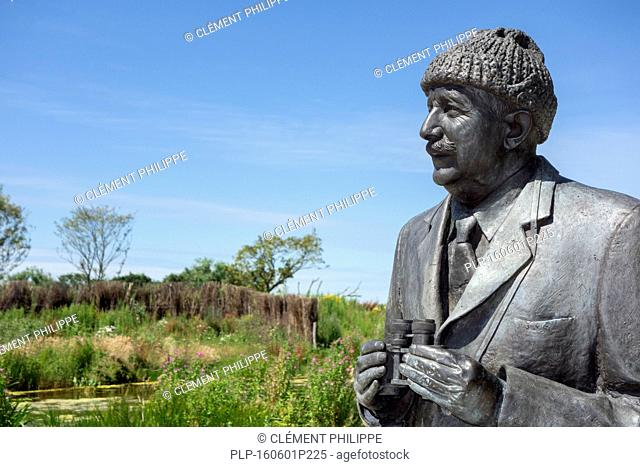 Bust of count Leon Lippens, founder of the nature reserve The Zwin and former mayor of Knokke in the Zwin Nature Park, bird sanctuary at Knokke-Heist