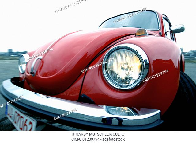 Car, VW, Volkswagen, beetle 1303, model year 1972-1975, red, old car, front view