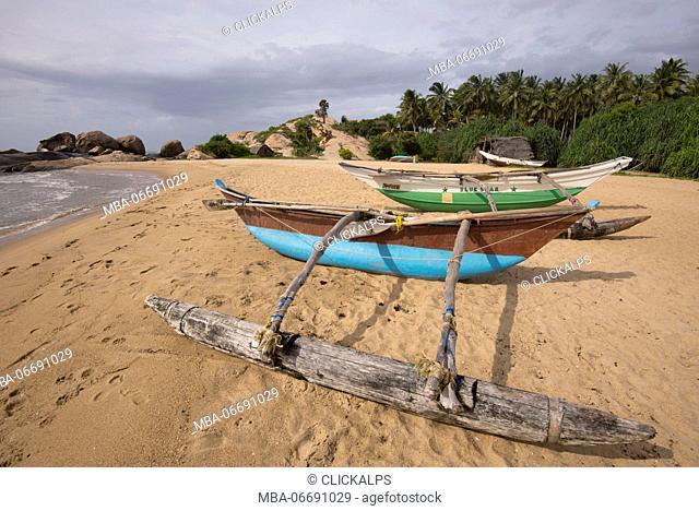 Typical fisherman boats in the Kirinda beach, Sri Lanka