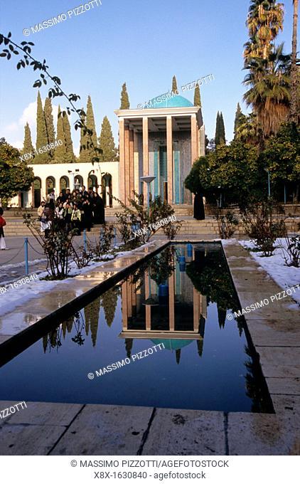The tomb of the Sheikh Sa'di, one of the major persian poet, Shiraz, Iran