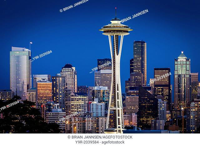 Twilight over he Space Needle and downtown Seattle Washington, USA