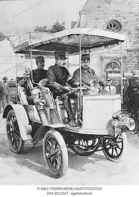 General de Negrier in his car during the 1900 French military exercise, Picture from the French weekly newspaper l'Illustration, 15th September 1900