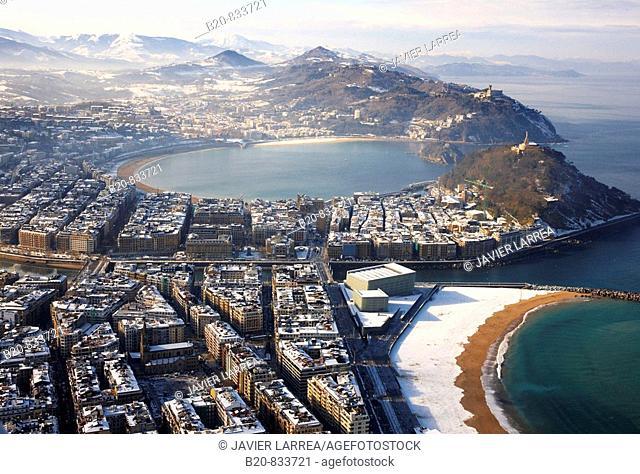 Snow, Donostia (aka San Sebastian). Guipuzcoa, Basque Country, Spain