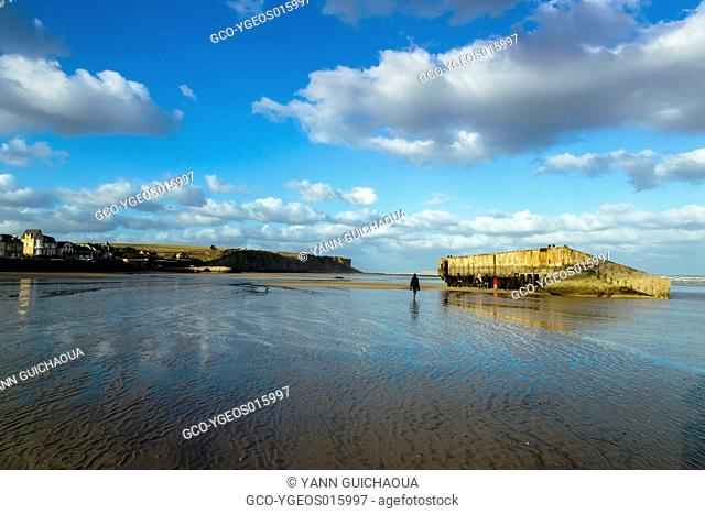 Arromanches Les Bains, Ruins Of Mulberry B Or Port Winston, Basse Normandie, Calvados, France