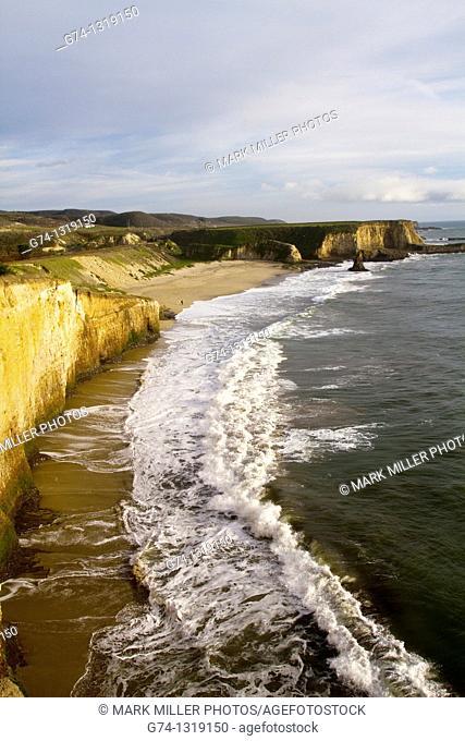 Davenport Beach, Pacific Ocean, California, USA