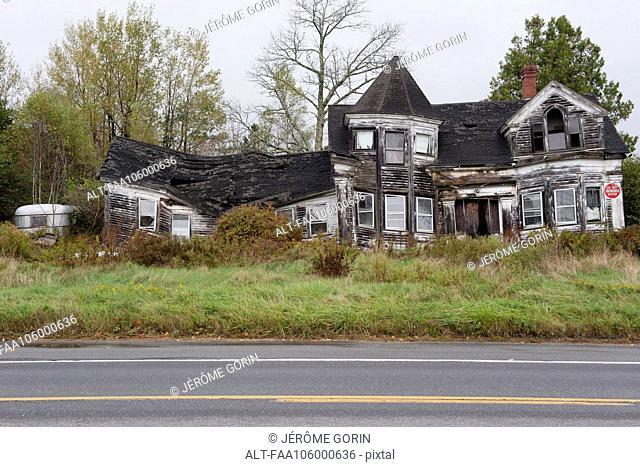Abandoned, dilapidated house