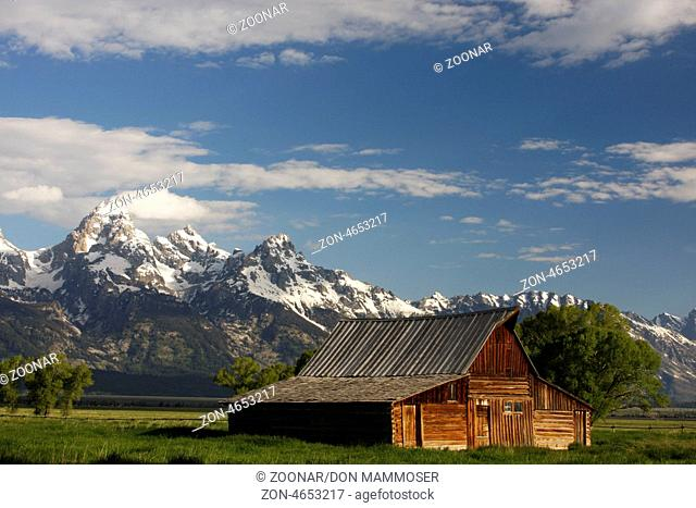 Mormon row barn, Grand Teton National Park, Wyoming, USA