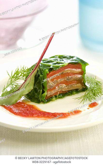 Platillo de terrina de anchoas y pimientos asados