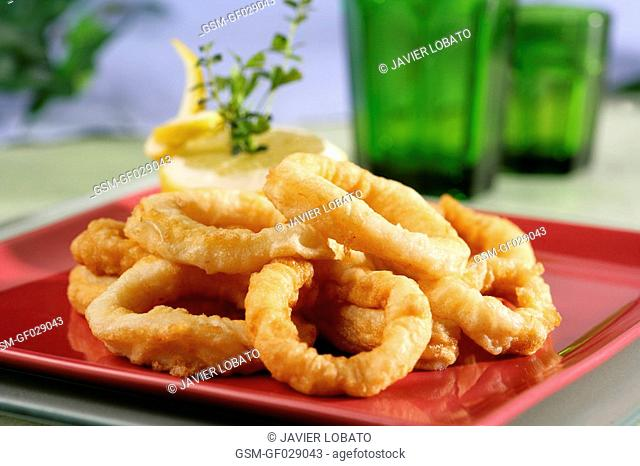 Deep-fried squid rings