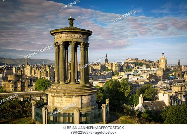 Early morning at Dugald Stewart Monument - view from Calton Hill over Edinburgh, Scotland