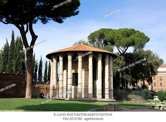 Italy. Lacio. Rome. Forum Boario. Hercules Victorious' temple, improperly called of Vesta, has twenty Corinthian columns of pentelico marble
