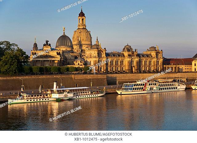 View from the Carolabruecke-bridge over the Elbe-River to Brühl's Terrace, academy of arts and Church of Our Lady, early morning, Dresden, Saxony, Germany