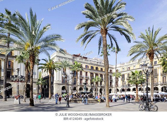 Placa Reial, Barcelona, Catalonia, Spain