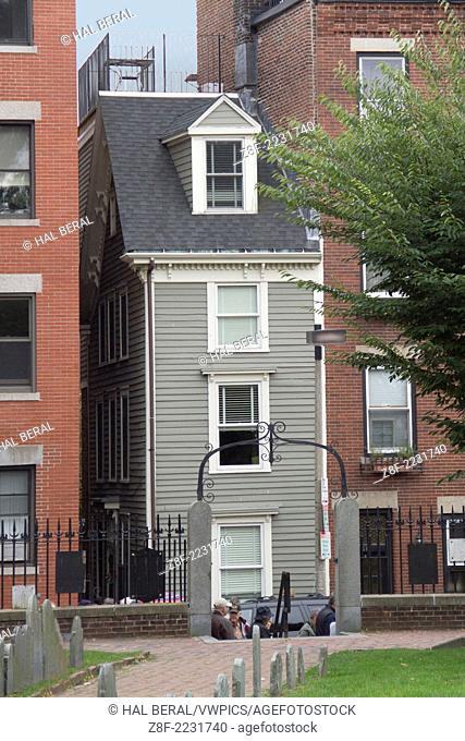 Narrowest house in Boston from the colomnial era.Boston,Massachusetts