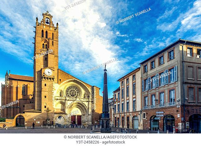 Europe, France, Midi-Pyrenees, Haute-Garonne, Toulouse. The Saint-Etienne Cathedral
