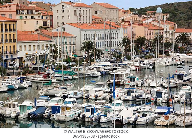 France, Languedoc-Roussillon, Pyrennes-Orientales Department, Vermillion Coast Area, Port-Vendres, yacht marina