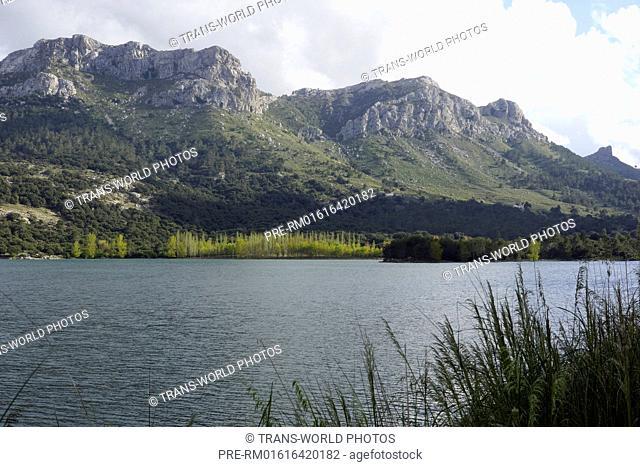 Reservoir, Serra de Tramuntana between Soller and Sa Calobra, Mallorca, Spain / Stausee, Serra de Tramuntana zwischen Soller und Sa Calobra, Mallorca, Spanien