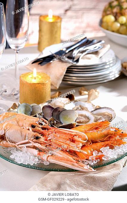 Seafood-shellfish Christmas platter