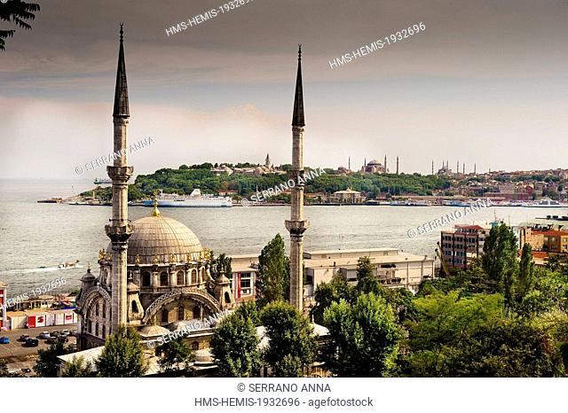 Turkey, Istanbul, Beyoglu, Tophane District, Nusretiye Camii (Tophane Mosque) and the Bosphorus