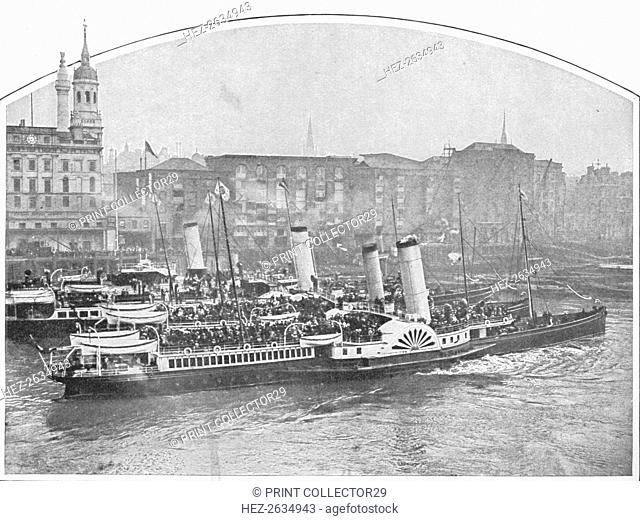 Excursion steamboats leaving Fresh Wharf, London Bridge, c1903 (1903). Artist: Unknown