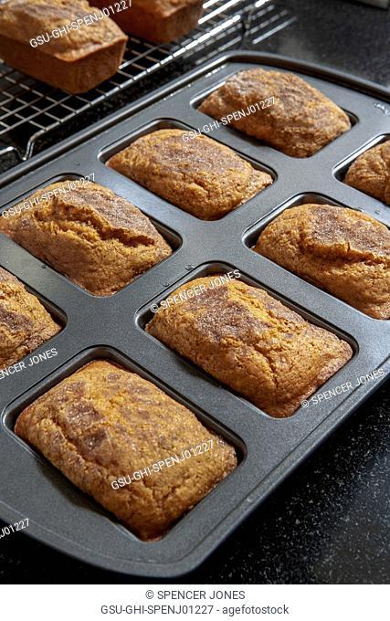 Mini Pumpkin Breads in Baking Tin