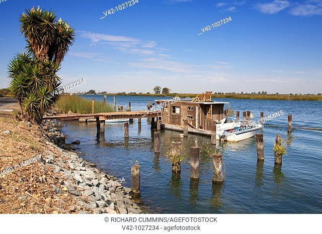 Houseboat on Brannan Island, Sacramento Delta Scenic Drive, California, USA