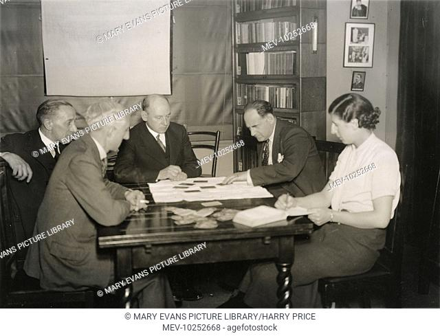 Photograph of Dr S.E Soal, Ethel Beenham and others testing the Czechoslovak vaudeville telepath Fred Marion (a.k.a. Josef Kraus), 1933