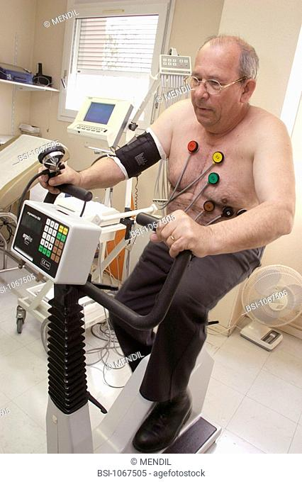 STRESS TEST, ELDERLY PERSON<BR>Photo essay from hospital.<BR>Cardiology consultation