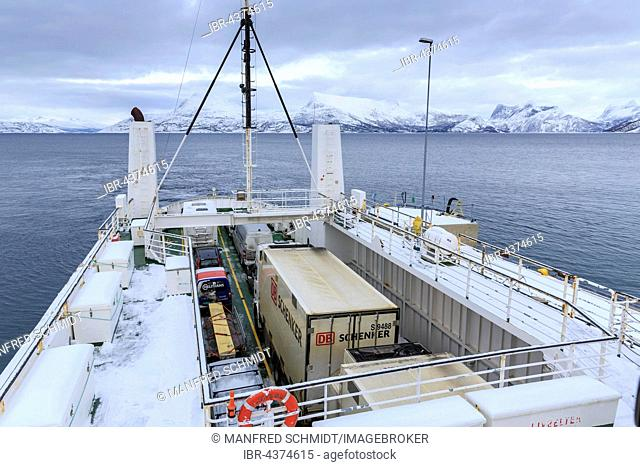 Ferry with cars, Bognes, winter, Skarberget, Tysfjord, Nordland, Norway