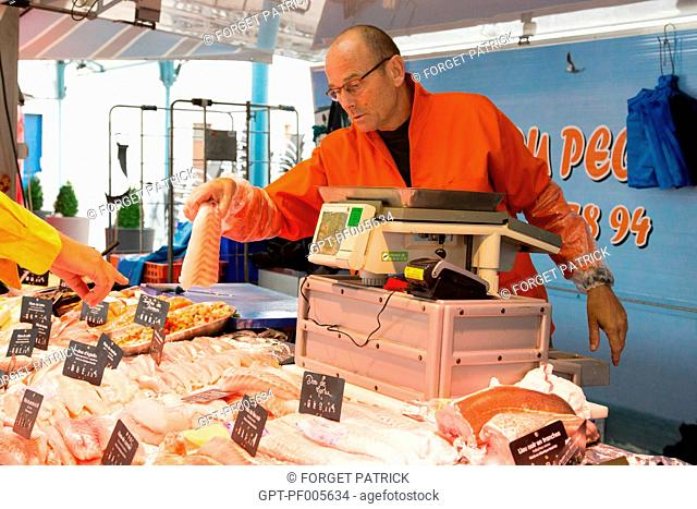 JEAN-LUC DUVAL, FISH SELLER, COVERED MARKET, CHARTRES (28), FRANCE