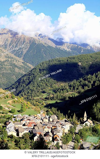 The village of Saint Dalmas le Selvage, Haute Vallée de la Tinée, Parc National du Mercantour, Alpes-Maritimes, Provence-Alpes-Côte d'Azur, France