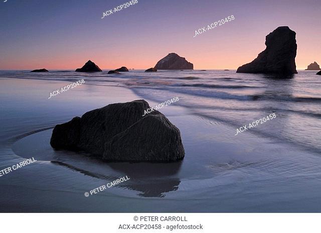 Sunset on Bandon Beach, Pacific coastline, Oregon, USA