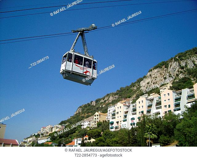 Gibraltar (United Kingdom). Gondola that climbs to the rock of the Rock of Gibraltar