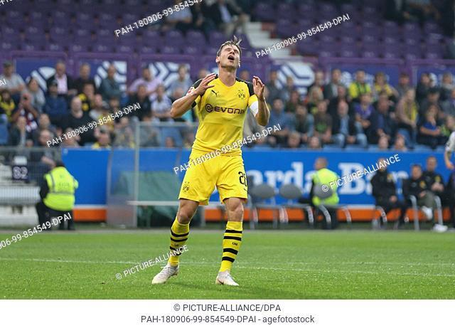 06.09.2018, Lower Saxony, Osnabrück: Soccer: Test match, VfL Osnabrück - Borussia Dortmund, in the stadium at the Bremer Brücke