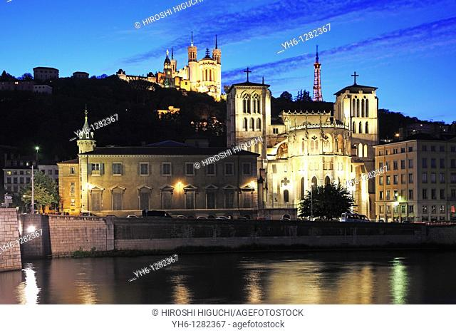France, Rhône, Lyon, Cathedral Saint Jean and Notre-Dame de Fourviere at River Saône